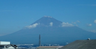 富士山 (800x413).jpg